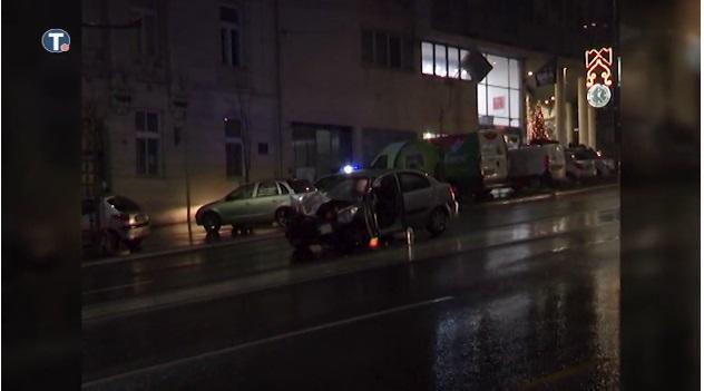 (ВИДЕО) Во сообраќаен карамбол во Белград 14 повредени, од кои тројца тешко