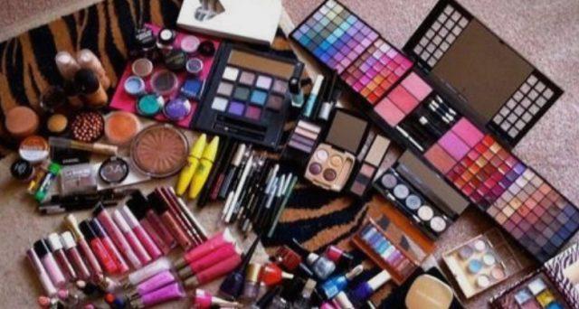 Каде грешиме кога се шминкаме?