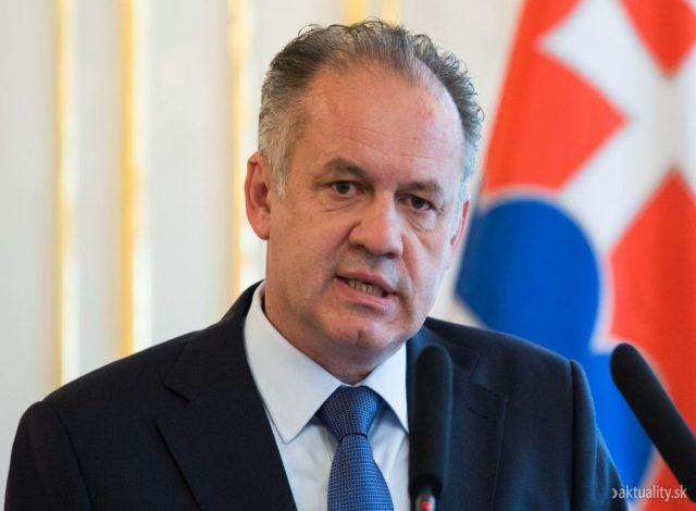 Словачкиот претседател бара предвремени избори