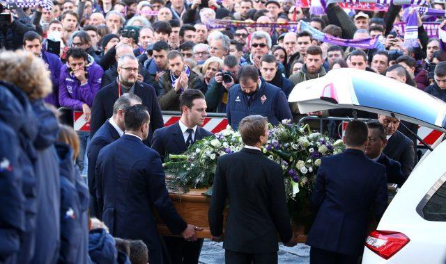 Погребан фудбалерот Давиде Астори