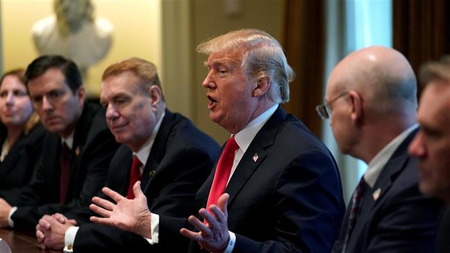"""Партнерите на САД се закануваат со противмерки за царините, за Трамп трговските војни """"лесно се добиваат"""""""