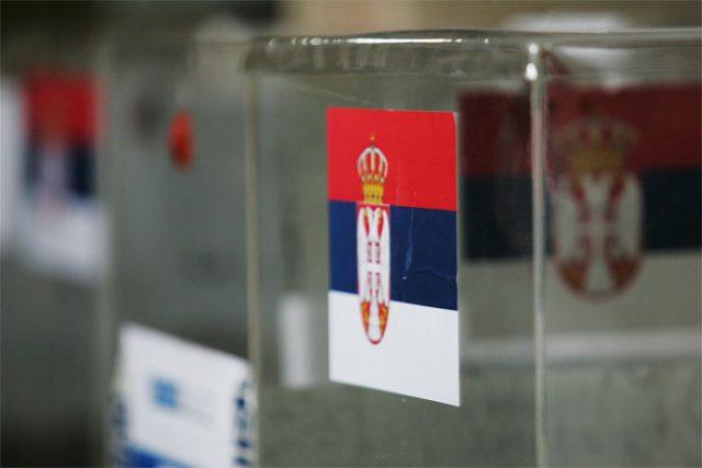 Почна изборниот молк пред делумните локални избори во Србија