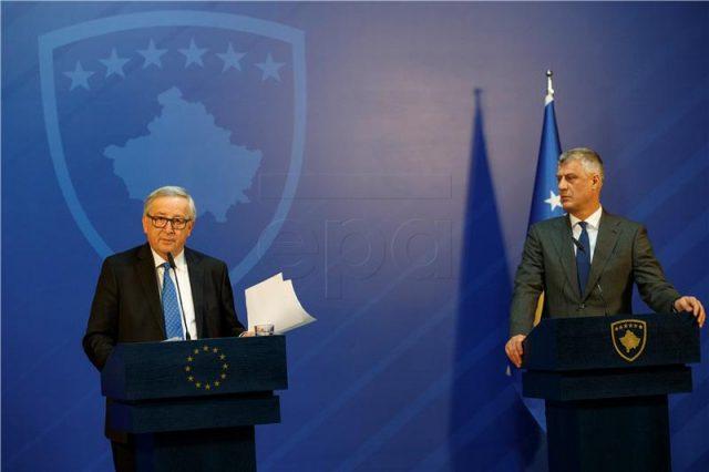 Јункер побара од властите во Приштина да ги подобрат врските со Белград