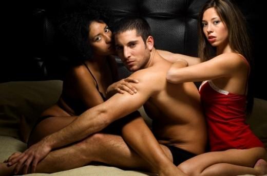 Секс во тројка-уживање или тортура?