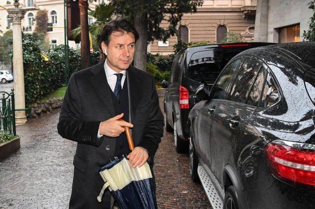 Професорот по право Џузепе Конте кандидат за премиер на Италија
