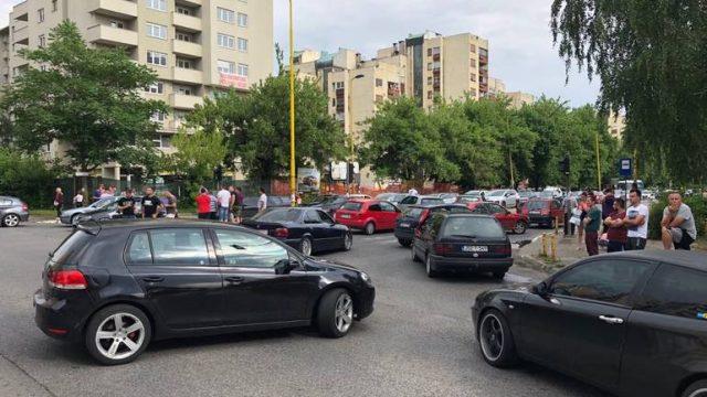 Блокада на патиштата во БиХ поради поскапувањата на горивата
