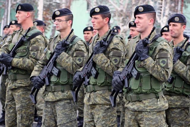 Вучиќ ги повика Србите: Не се пријавувајте во армијата на Косово