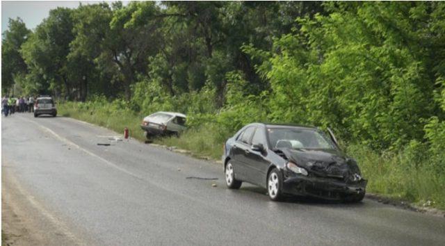 Повредени повеќе лица во сообраќајка на патот Прилеп-Битола