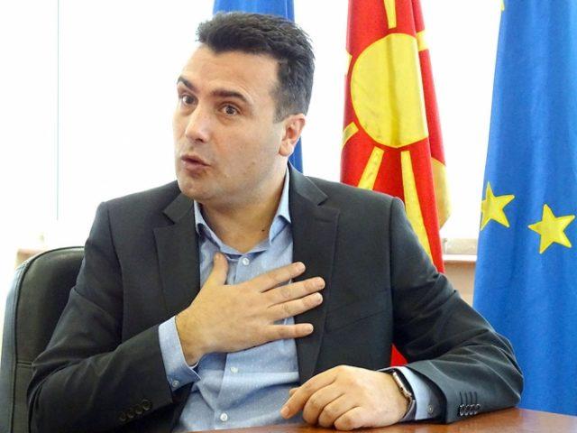 """Заев се заканува со тужба против """"Република"""" затоа што го нарекуваат андарт"""