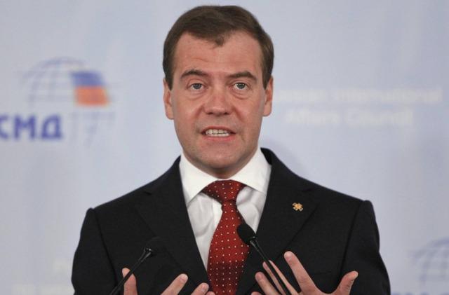 Медведев: Америка ни објави економска војна