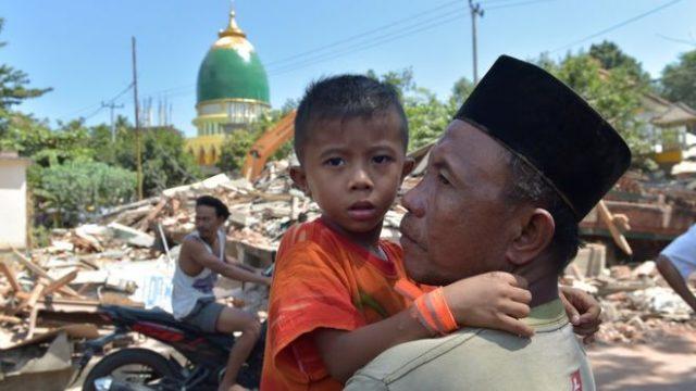 Бројот на жртвите во индонезискиот земјотрес се зголеми на 259