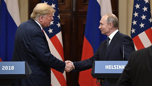 Сенаторот Ренд Пол го доставил писмото на Трамп за Путин