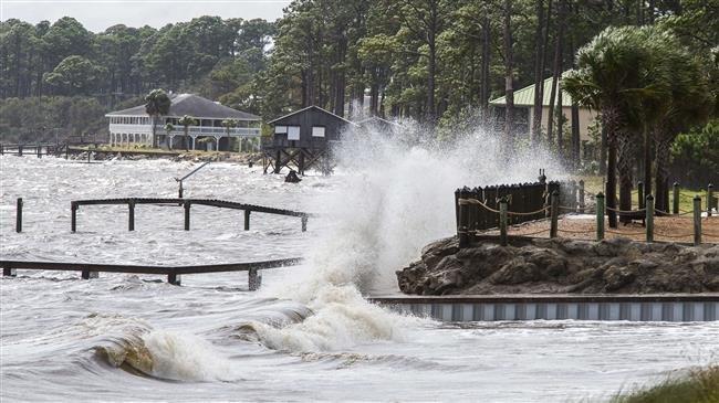 Ураганот Мајкл почна со разорувањата на Флорида