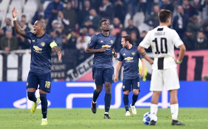 """Јунајтед славеше во Торино, Сити со """"шестка"""""""