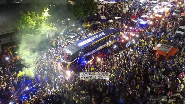 (ВИДЕО) Еуфоричен пречек на Бока Јуниорс во Мадрид