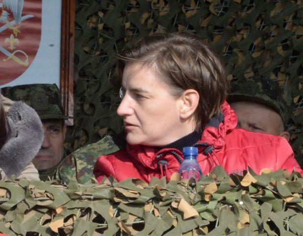 Брнабиќ вели дека војската би можела да интервенира, доколку Косово формира војска