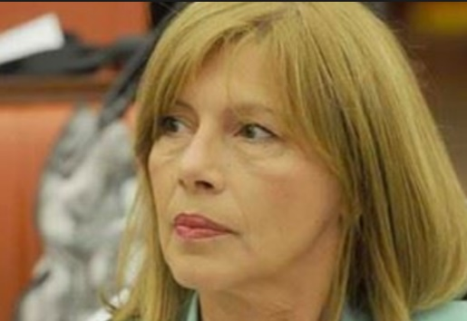 Грчева повикува на бојкот на јавните дискусии за уставните измени